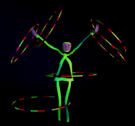 LED Hula Hoop Act