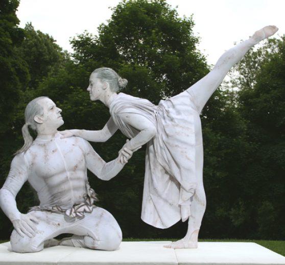 Valentine Living Statues
