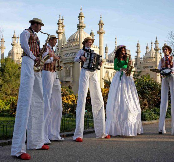 Top Bananas Stilt Band