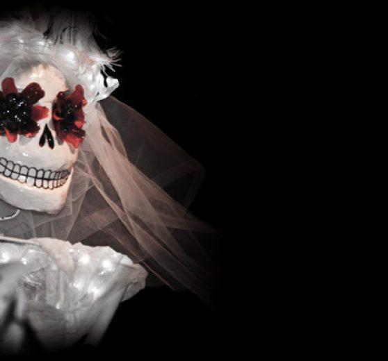 Maria De Muerte & Skellingtons