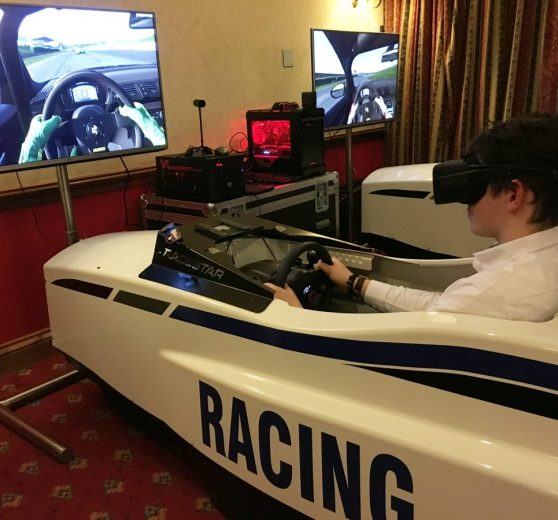 Virtual Reality Car Racing