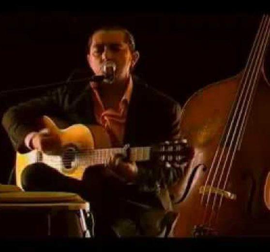 Guitarist José