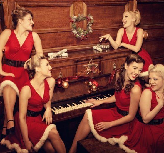 Christmas Elles Belles