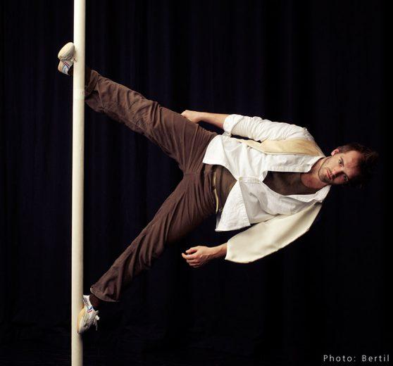 Chinese Pole Artist