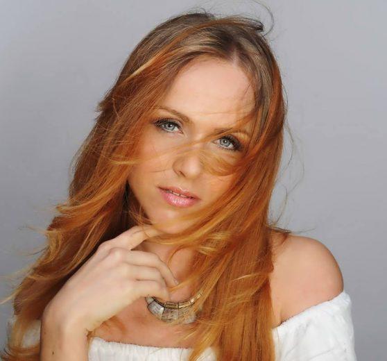 Soprano Singer Hayley